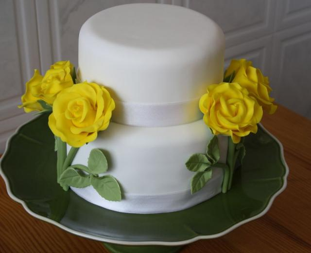 small wedding cakes with roses two tier white small wedding cake with yellow roses jpg 20247