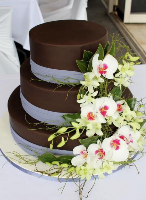 3 Tier Chocolate Round Wedding Cake With Fresh White FlowersJPG Hi Res 720p HD