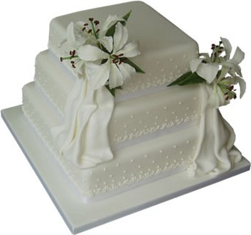 Square 3 Tier Wedding Cake With White Lillies
