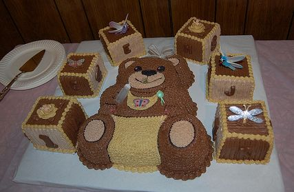 Baby shower cake with brown teddy bear and play blocks.JPG