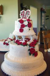 40th Anniversary Cake with red roses.jpg