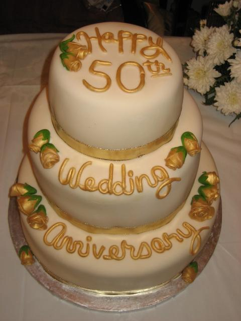 Golden Anniversary Cake photos.jpg
