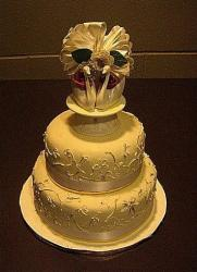 wedding cake for anniversary.jpg