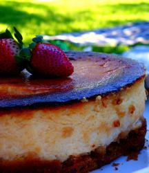 traditional cheese cake with fresh strawberries topping.jpg