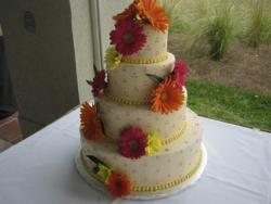 summer Wedding cake with fresh flowers