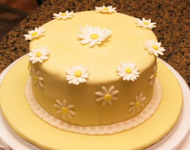 Awe Inspiring Daisy Flower Yellow Birthday Cake Jpg Hi Res 720P Hd Funny Birthday Cards Online Elaedamsfinfo