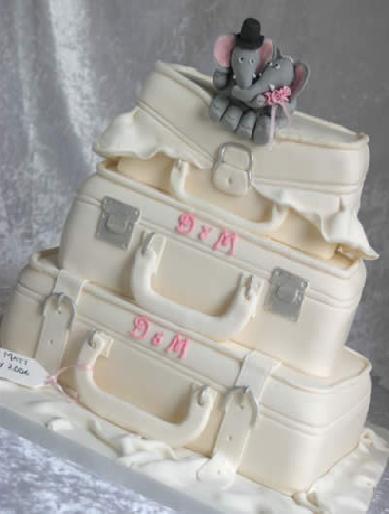 Suitcase Wedding Cake With Elefants