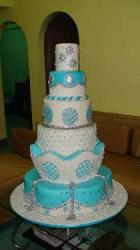 glamous wedding cake