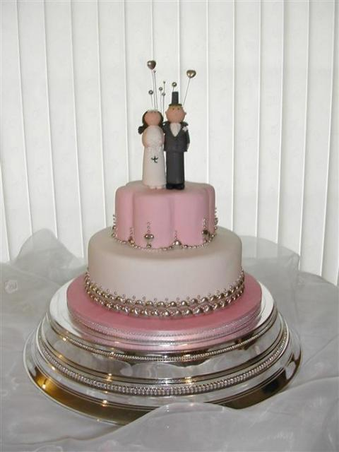 1 And 2 Tier Cakes With Bride And Groom 1 Comment