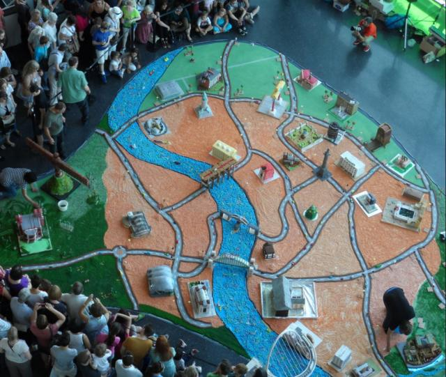 Giant City Map cake.JPG Hi-Res 720p HD on giant helmet, nashville city map, attack on titan city map, vampire city map, dwarf city map, giant san francisco, giant home, river to river trail map, giant alarm clock, giant hair dryer, red river city map, garden of the gods map, castle rock map, chain o'lakes map, casablanca city map, goblin city map, to kill a mockingbird city map, star wars city map, big city map, europe city map,