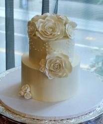 Ivory 2 Tier Wedding Cake with White Rose Frosting Flowers.JPG
