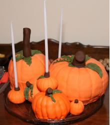 Autumn Cupcakes with white candles.JPG