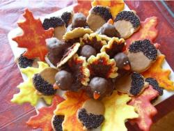 Chocolate Thanksgiving Turkey cokies.JPG
