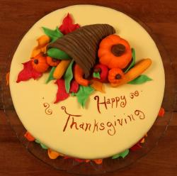 Happy Thanksgiving cake with cornucopia style.JPG
