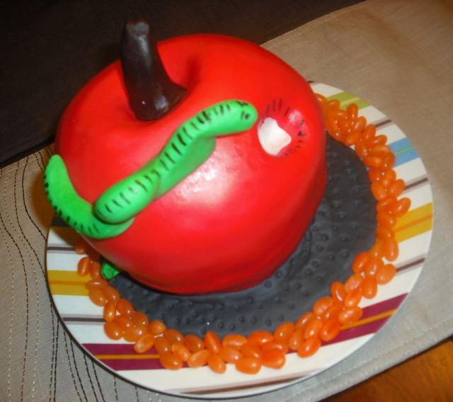 Rotten Apple Thanksgiving cake.JPG