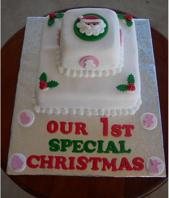 Square Christmas cake photos.JPG Hi-Res 720p HD