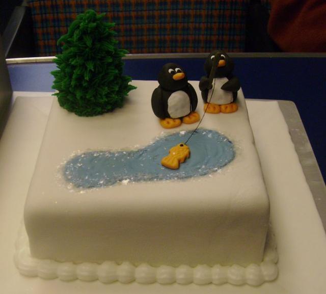 Cute Christmas Cake Images : Very cute animal Christmas cake with tree.JPG