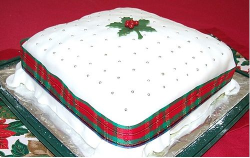 Square Xmas Cake Designs : Big square Christmas cake with red and green ribbon.JPG