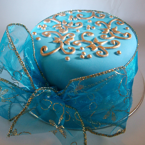 Blue and gold cake for Blue and gold christmas