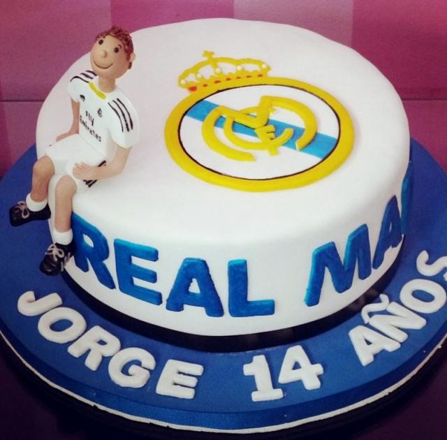 Real Madrid Football Theme Birthday Cake For 14 Year Old