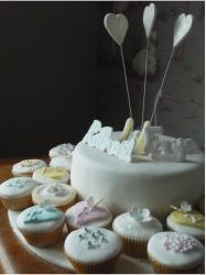 Christening cup cakes photo.JPG