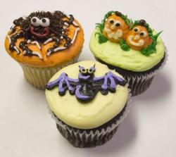 Three halloween cupcakes.JPG