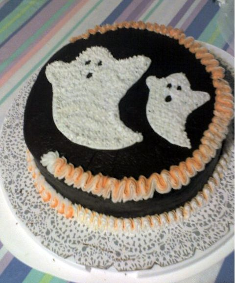 Two Ghosts Halloween Cake Photo Jpg