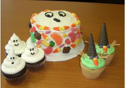 Witches and ghosts halloween cupcakes.JPG