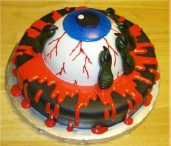 Big eyeball halloween cake photos.JPG