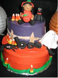 Boo halloween cake with scary figures.JPG