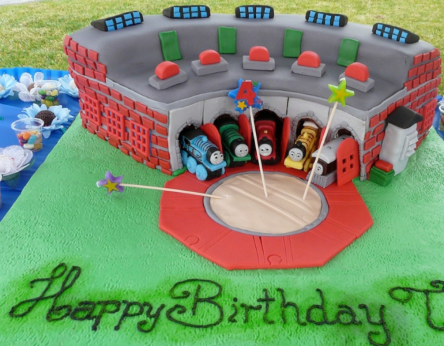 Prime Thomas Friends Cakes With Trains In The Shed Png Hi Res 720P Hd Personalised Birthday Cards Petedlily Jamesorg