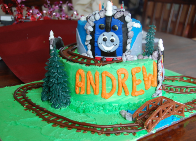 Thomas the train homemade cakes photos.PNG