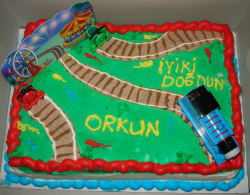 Square Thomas the train cake decorations.PNG