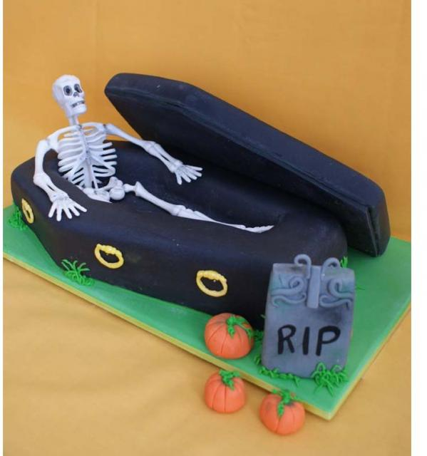Halloween coffin cake with skeleton.JPG