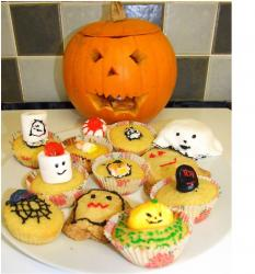 Halloween Cupcakes and Cookies photos.JPG