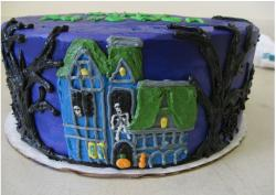 Haunted halloween cake photo.JPG
