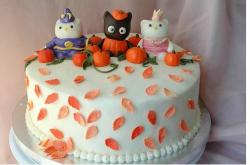 Hello Kitty Halloween Cake Photo.JPG