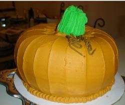Pumpkin halloween cake photo.JPG