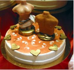 Nudy valentine cake photo.JPG
