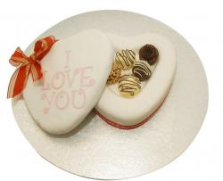 Cohocolate Truffles Valentine Cake in heart shape.JPG