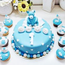 Blue Teddy Bear First Birthday Cake with Matching Cupcakes.JPG