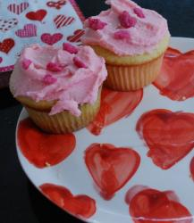 cute valentines day cakes.JPG