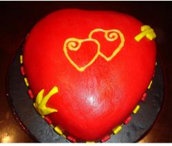 decorated valentine cakes.JPG