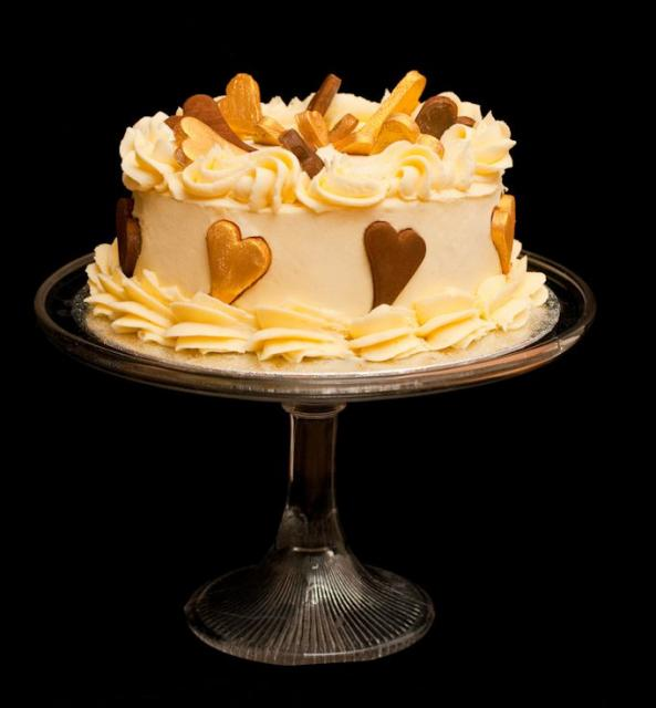Elegant valentines cake with chocolate and golden heartas.JPG