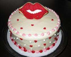 Funny valentines day cake with big lips on the center.JPG