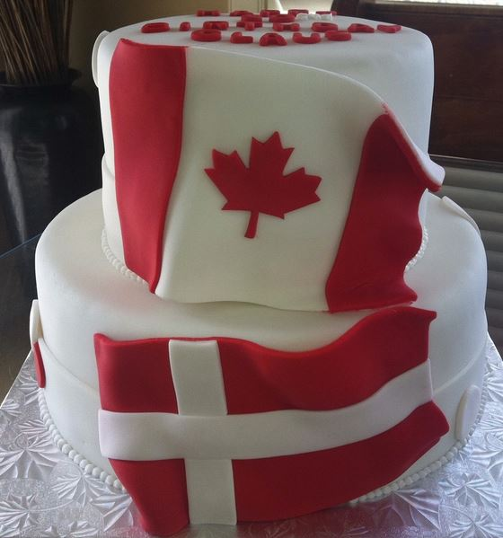 how much are wedding cakes canada two tiers fancy birthday cake or wedding 15431