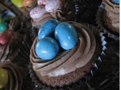 Picture of easter eggs cake.JPG