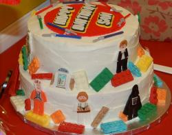 Star wars lego birthday cake photos.JPG