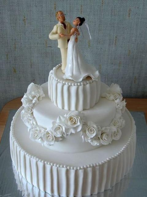Elegant 3 Tier Wedding Cake With White Roses And Bride And Groom Dancing ToppersJPG
