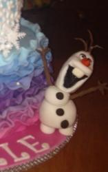 Olaf made from gumpaste